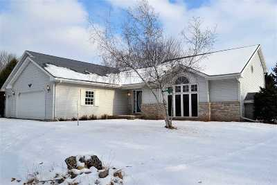 Oshkosh Single Family Home Active-No Offer: 5080 Tumblebrook