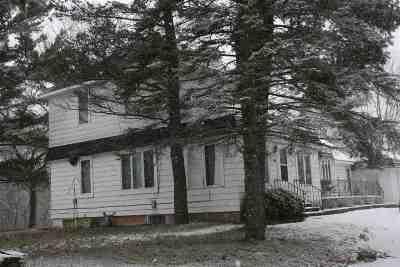 Oconto Single Family Home Active-No Offer: 710 W Main
