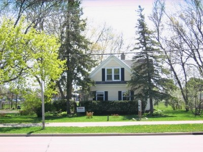 Neenah Single Family Home Active-No Offer: 1206 W Winneconne