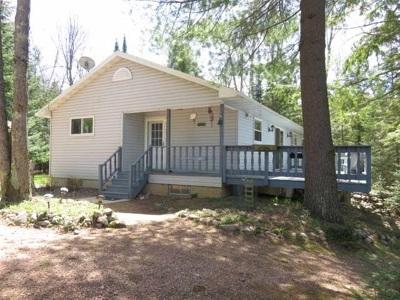 Lakewood Single Family Home Active-No Offer: 18135 Lake John