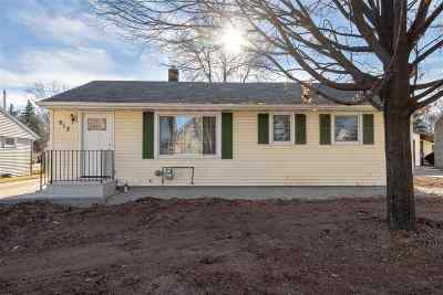Kaukauna WI Single Family Home Active-Offer No Bump: $124,900