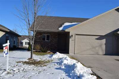Kimberly Condo/Townhouse Active-No Offer: 1309 Pinecrest