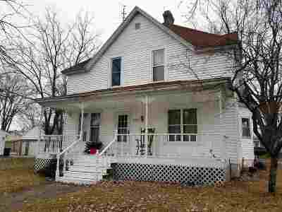 Shiocton Single Family Home Active-No Offer: W7738 Oak