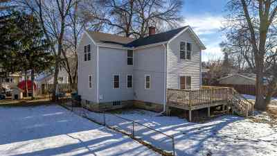 Neenah Multi Family Home Active-No Offer: 409 4th