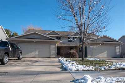 De Pere Multi Family Home Active-Offer No Bump: 517 S 9th