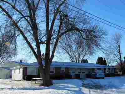 De Pere Multi Family Home Active-Offer No Bump: 608 Bomier
