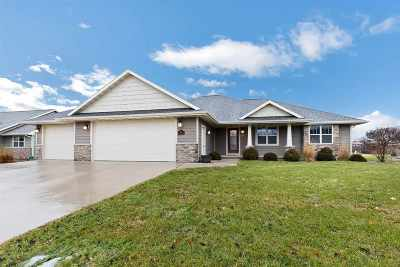 Green Bay Single Family Home Active-Offer No Bump: 1538 Spencers Crossing