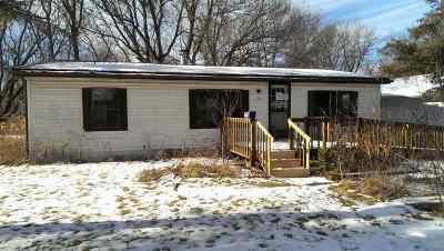 Bonduel Single Family Home Active-No Offer: 305 S 1st