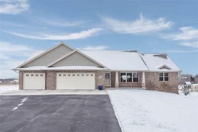Sobieski Single Family Home Active-No Offer: 7435 Hillview