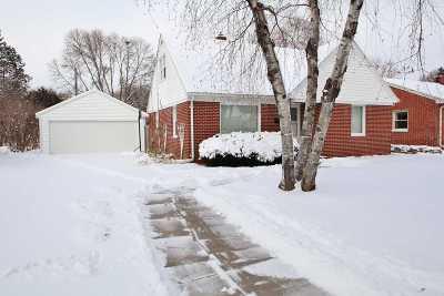 De Pere Single Family Home Active-Offer No Bump: 621 N Ontario