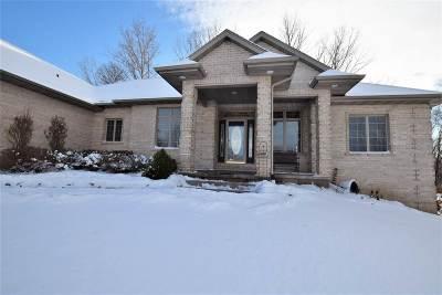 Green Bay Single Family Home Active-No Offer: 2548 Remington