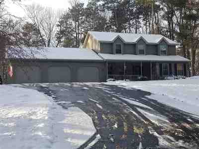Green Bay Single Family Home Active-Offer No Bump: 2305 Skyline Pines