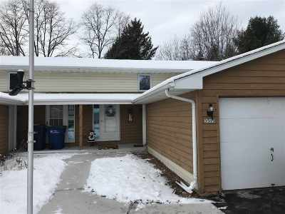 Howard, Suamico Condo/Townhouse Active-No Offer: 3515 S Timber