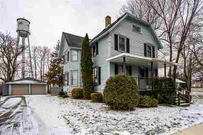 Winneconne Single Family Home Active-Offer No Bump: 411 E Main