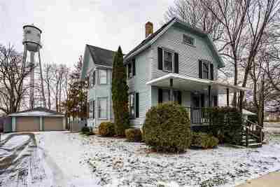 Winneconne Single Family Home Active-Offer No Bump: 411 E Main