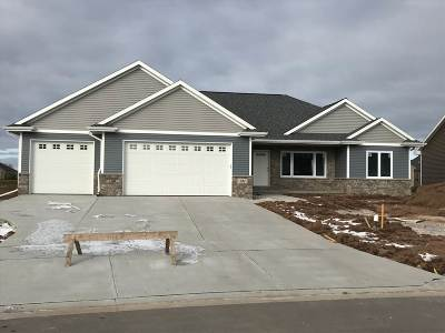 Green Bay Single Family Home Active-No Offer: 141 Purple Sage