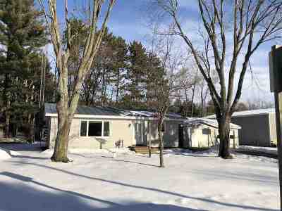 Waupaca Single Family Home Active-Offer No Bump: E1318 Hwy Q