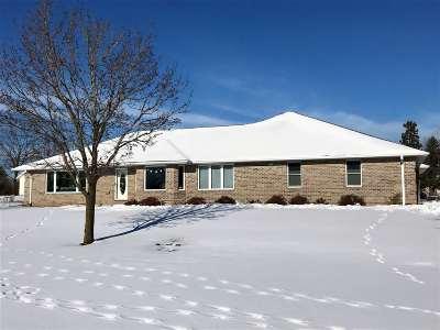 De Pere Single Family Home Active-No Offer: 3640 Lost