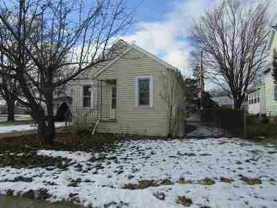 Appleton Single Family Home Active-Offer No Bump: 1511 N Kenilworth