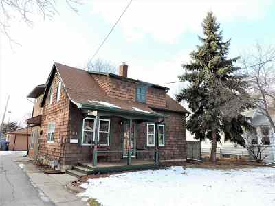 Neenah Single Family Home Active-No Offer: 521 Elm