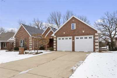 Green Bay Single Family Home Active-No Offer: 1615 Rustic Oaks
