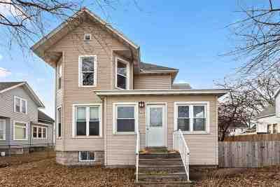 Oshkosh Single Family Home Active-Offer No Bump: 1317 S Main