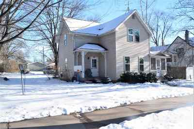 Waupaca Multi Family Home Active-No Offer: 106 N State