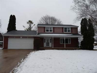 Luxemburg Single Family Home Active-No Offer: 224 Colle