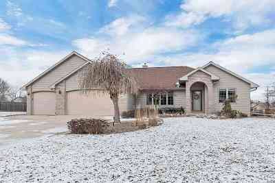 Green Bay Single Family Home Active-Offer No Bump-Show: 2834 Weeping Willow