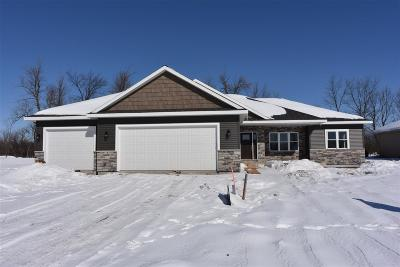 Neenah Single Family Home Active-No Offer: 1936 Mimosa