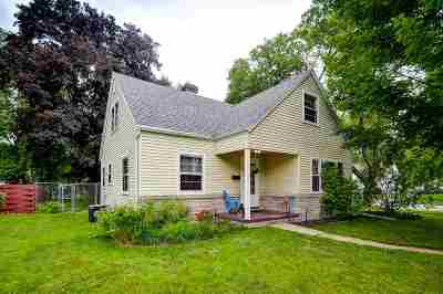 Appleton Single Family Home Active-Offer No Bump-Show: 745 Outagamie