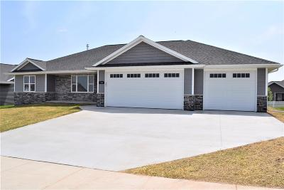 Green Bay Single Family Home Active-No Offer: 1745 Steiner