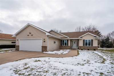 Oshkosh Single Family Home Active-Offer No Bump: 1501 Westhaven