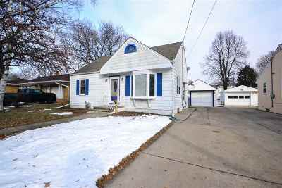 Green Bay Single Family Home Active-No Offer: 1112 Oregon