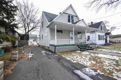 Green Bay Single Family Home Active-No Offer: 718 Lincoln