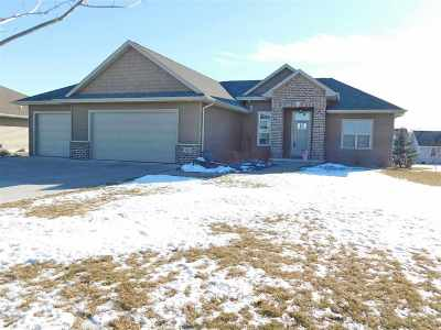 Green Bay Single Family Home Active-No Offer: 3176 Willow
