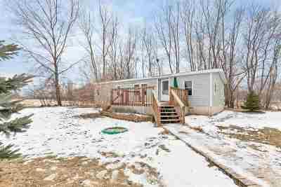 Shiocton Single Family Home Active-No Offer: W7693 Elm