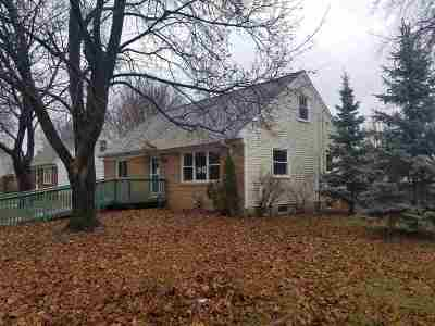 Green Bay Single Family Home Active-No Offer: 1765 Debra