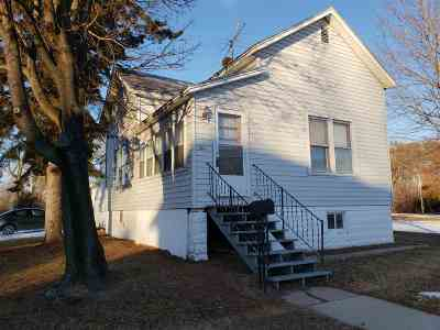 Single Family Home Active-No Offer: 501 Jefferson