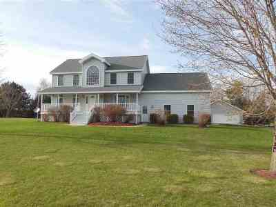 Crivitz Single Family Home Active-No Offer: W9646 Schroeder