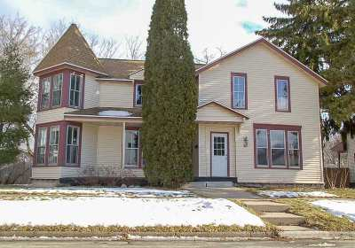 De Pere Multi Family Home Active-Offer No Bump: 327 S Superior