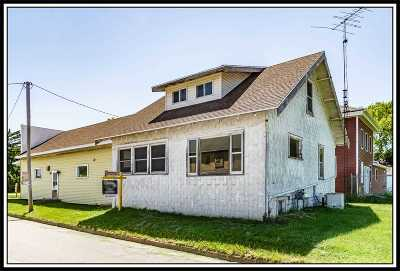 Single Family Home Active-No Offer: N907 Hwy W