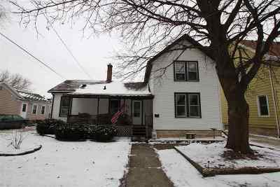 Single Family Home Active-No Offer: 371 Doty