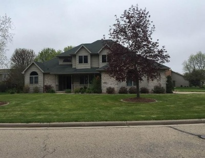 Neenah Single Family Home Active-No Offer: 1531 Whitetail
