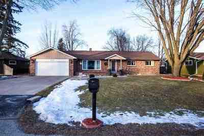 Appleton Single Family Home Active-Offer No Bump: 3310 Florida