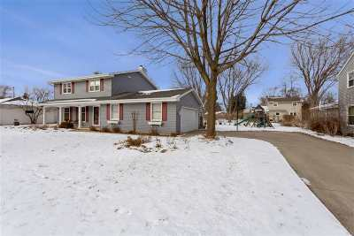 Neenah Single Family Home Active-No Offer: 708 Manchester