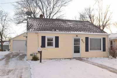 Little Chute Single Family Home Active-Offer No Bump: 923 Park