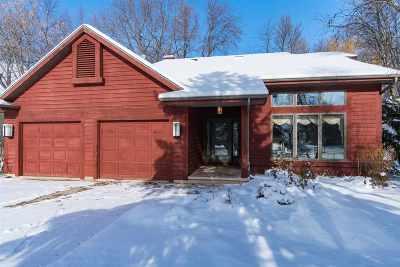 Oshkosh Single Family Home Active-No Offer: 3022 Lake Rest