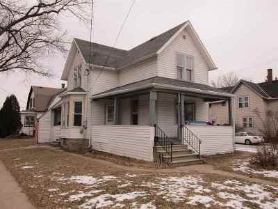 Appleton Multi Family Home Active-Offer No Bump: 1032 W Lawrence