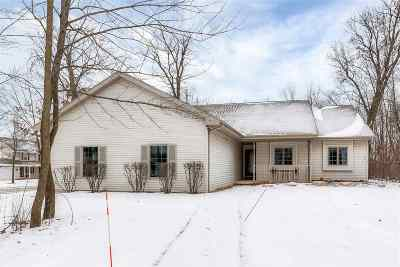 Wrightstown Single Family Home Active-No Offer: 301 Spicewood